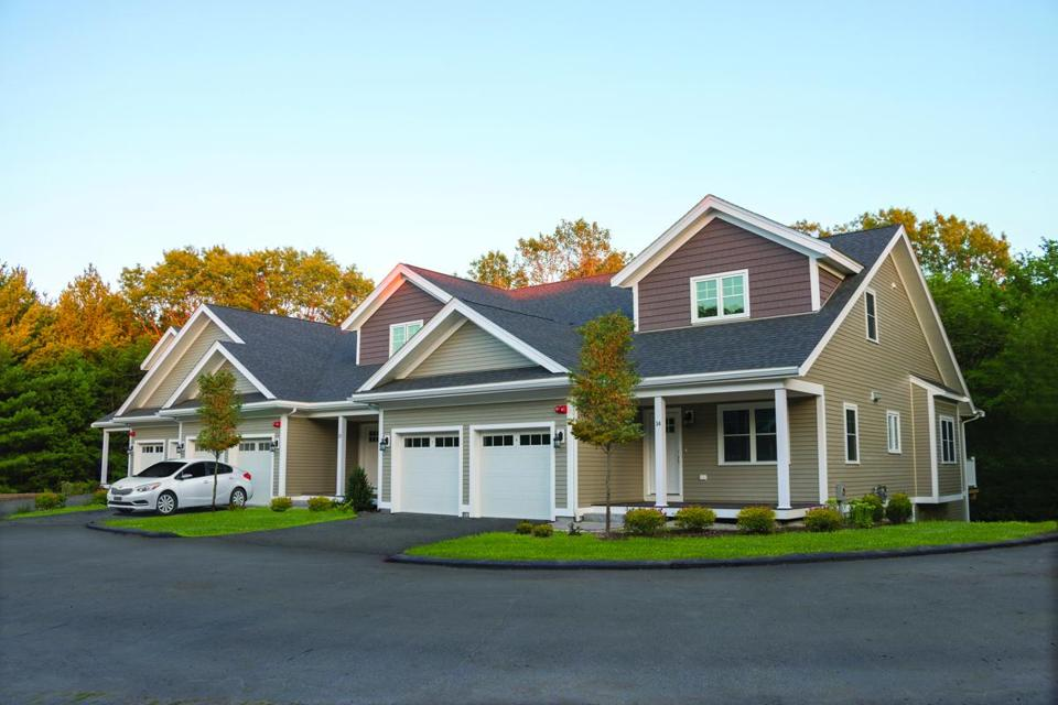 Sconset Landing, a condominium and town home community in Hanover, has begun a pre-sale of their third block of homes.