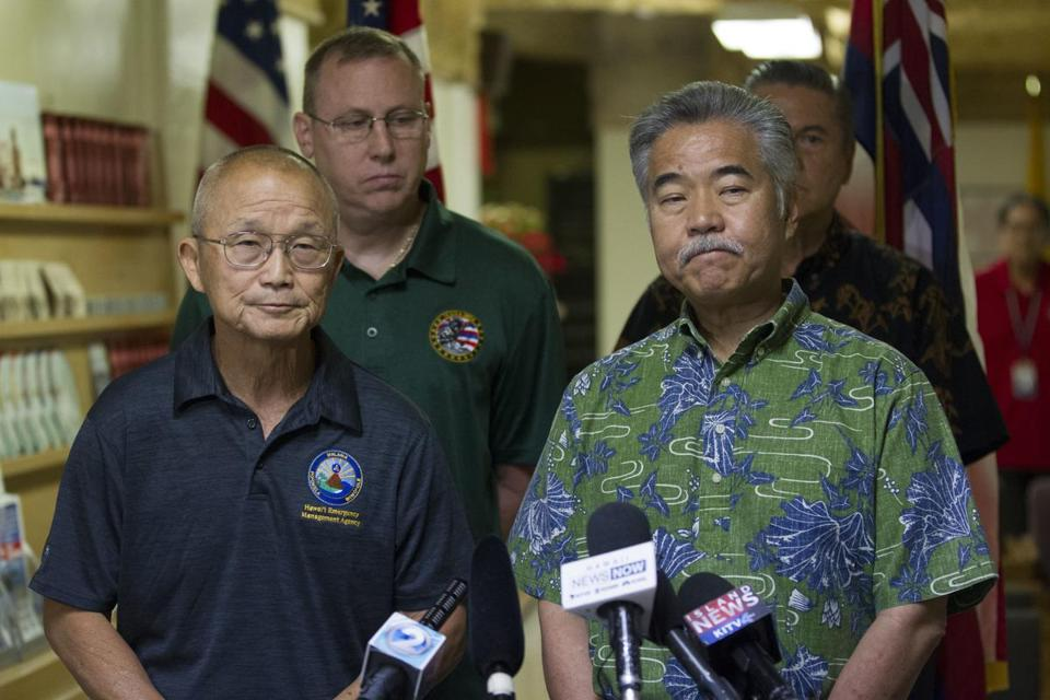 Vern Miyagi (left), the Hawaii Emergency Management Agency administrator, and Hawaii Governor David Ige addressed the media on Saturday.