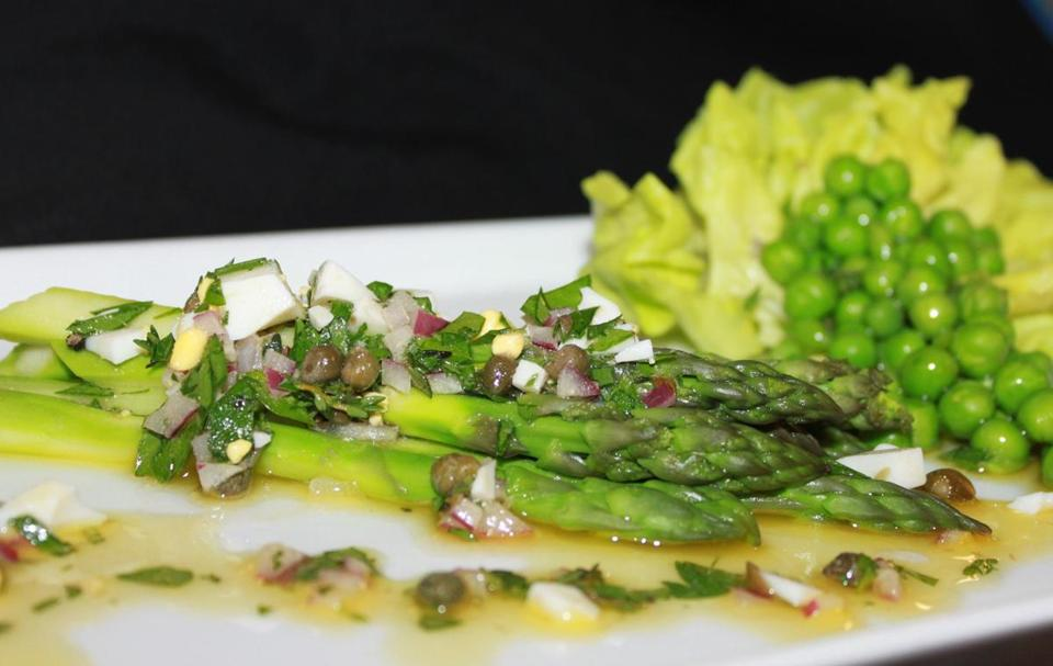 The Seaport Hotel's Action Kitchen hosts a feast spotlighting Thomas Jefferson's favorite dishes, including this Jefferson-inspired asparagus.