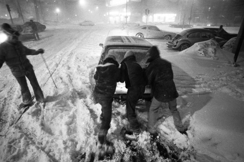 f95ddfaf2d Tell us your Blizzard of  78 memories - The Boston Globe