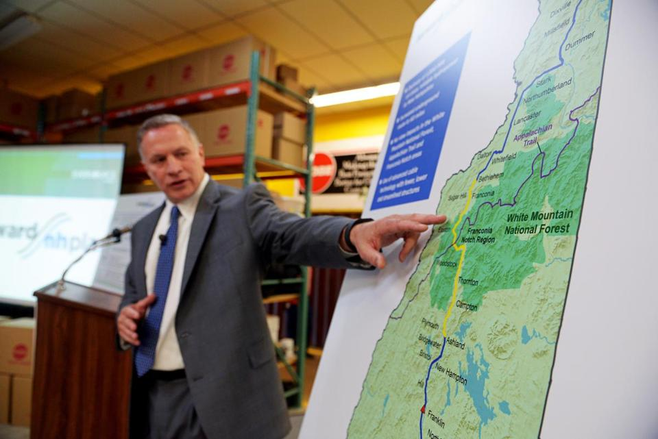 Bill Quinlan of Eversource presented revised plans for the Northern Pass hydroelectric project in 2015.