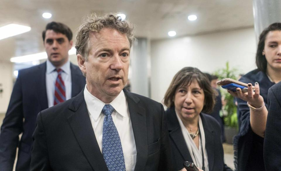 sen. Rand Paul, R-Ky., briefly speaks to reporters in Washington on Feb. 8, 2018. MUST CREDIT: Washington Post photo by Melina Mara.