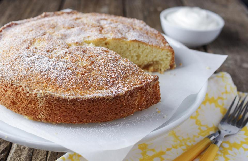 Buttermilk cake with orange marmalade