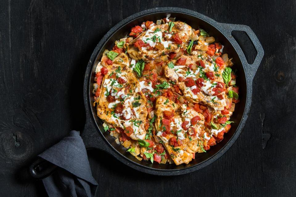 Turkey cutlets with tomatoes and mozzarella.
