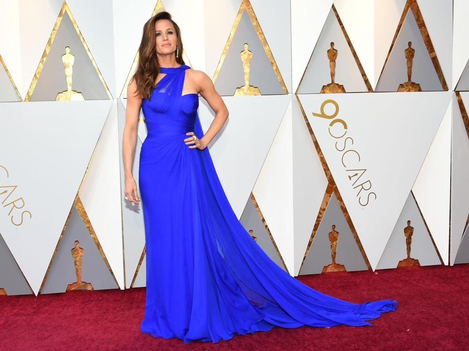 Actress Jennifer Garner arrives for the 90th Annual Academy Awards on March 4, 2018, in Hollywood, California. / AFP PHOTO / VALERIE MACONVALERIE MACON/AFP/Getty Images