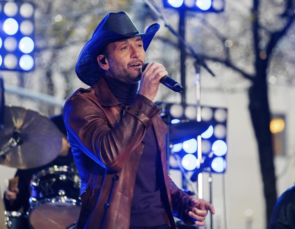 Tim McGraw will be OK after collapsing Sunday during a show in Dublin, his representatives said.