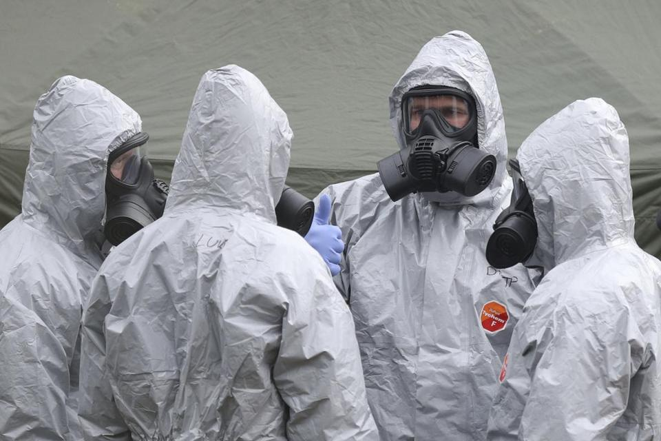 Police and military personnel on Sunday continued to investigate the suspected nerve agent attack on Russian double agent Sergei Skripal in Salisbury, England.