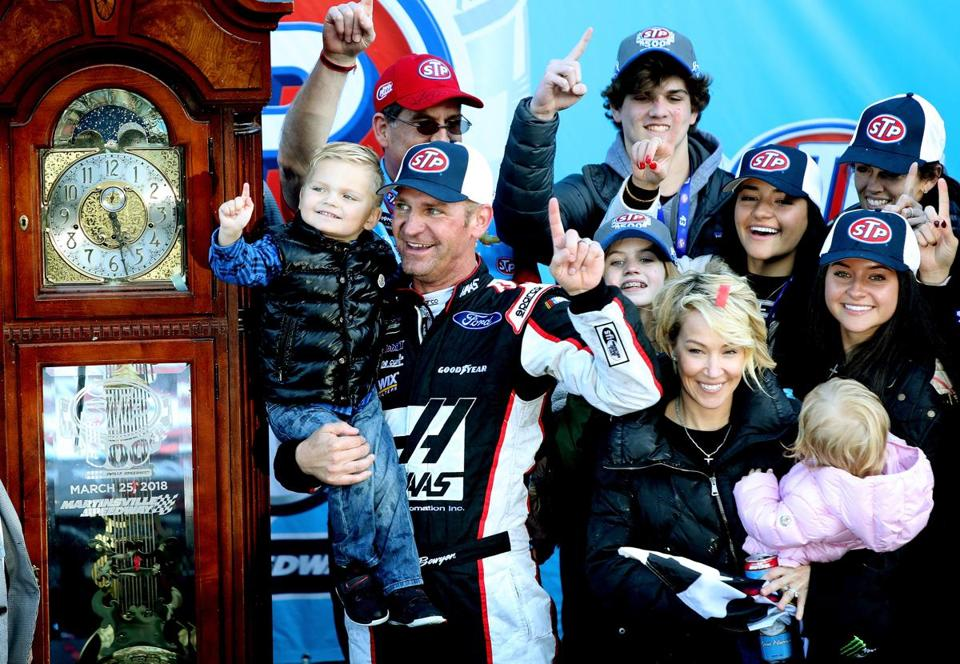 Clint Bowyer ends 190-race drought - The Boston Globe