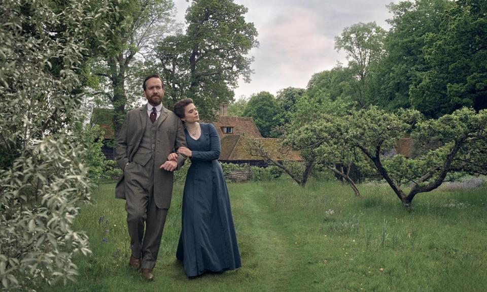 "Matthew MacFadyen and Hayley Atwell in ""Howards End."""