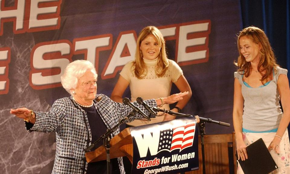 Jenna Bush (center) campaigned with her grandmother in 2004 in Exeter, N.H.