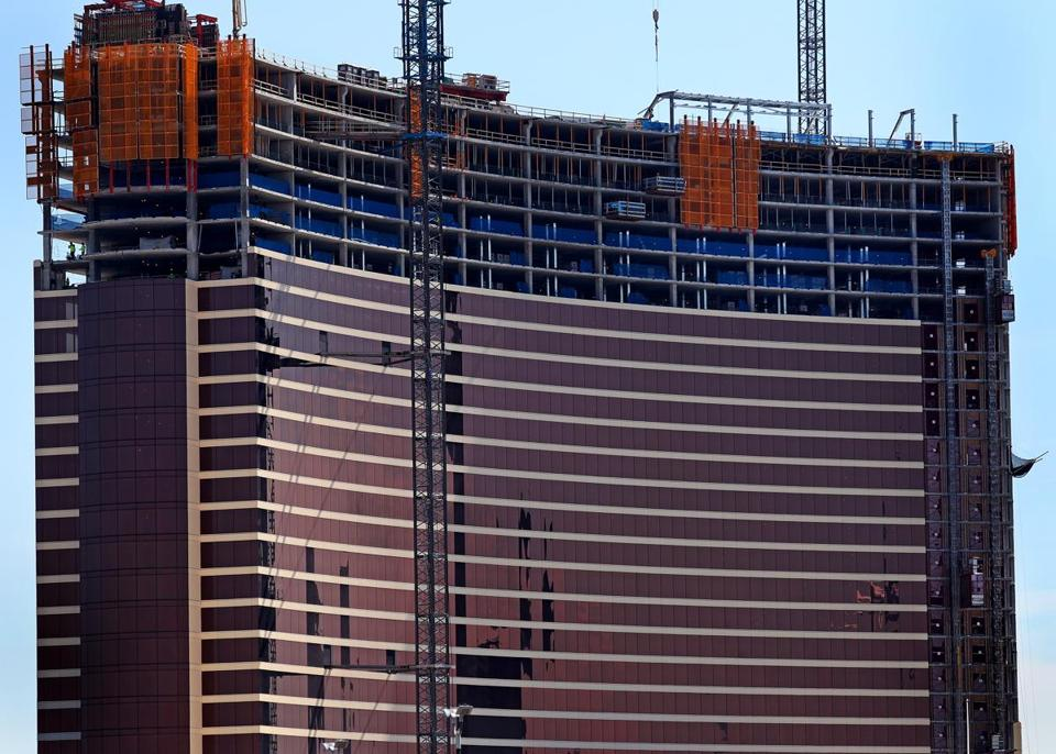The Massachusetts Gaming Commission last week drew in Wynn Resorts as a third-party defendant in a dispute with FBT Everett Realty LLC.