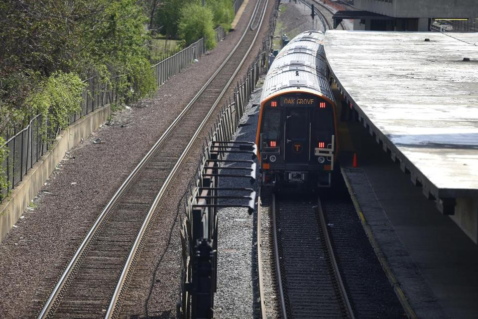 Medford, MA--5/15/2018-- A new Orange Line car is seen at Wellington Station. (Jessica Rinaldi/Globe Staff) Topic: 17orangeline Reporter: