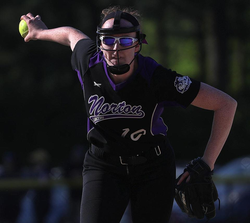 Norton , MA - 5/24/2018 - Norton ace pitcher Kelly Nelson. Abington at Norton softball. - (Barry Chin/Globe Staff), Section: Sports, Reporter: Dan Shulman, Topic: 25schrdp, LOID: 8.4.2039130304.