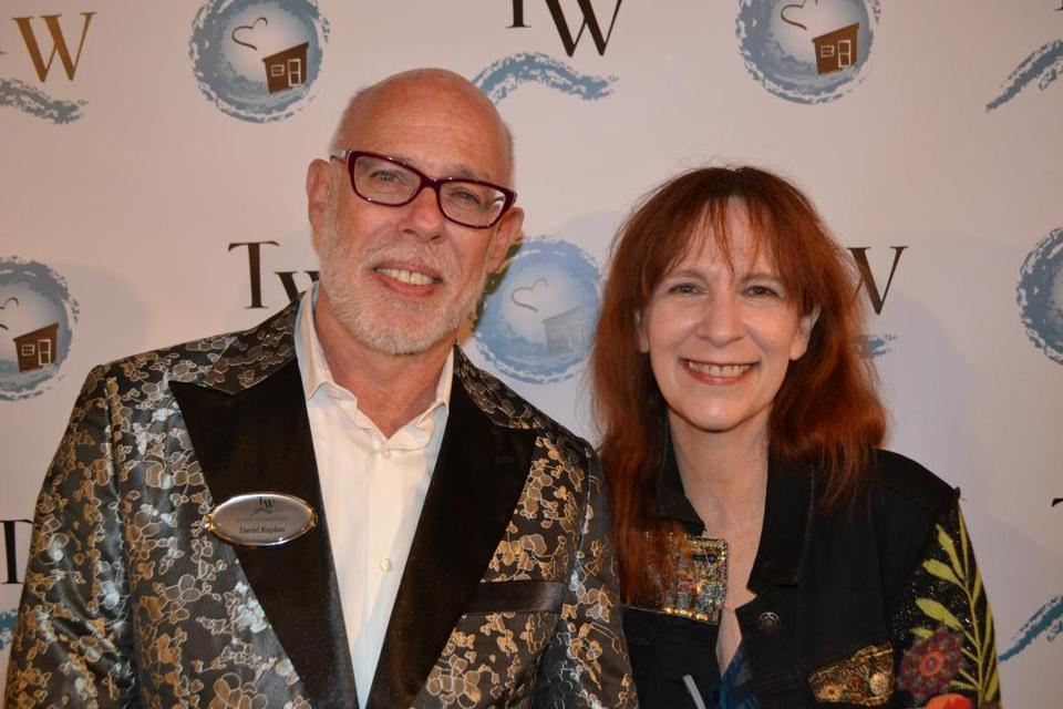 David Kaplan and TENN Award recipient Amanda Plummer.