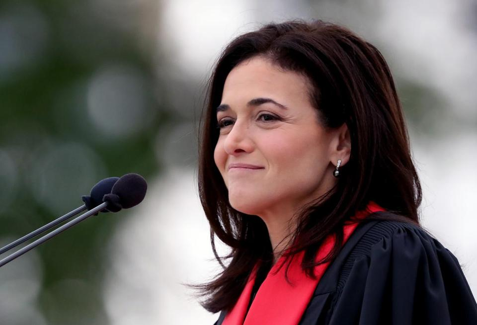 CAMBRIDGE, MA - 6/08/2018: Ms Sheryl Sandberg gave address at MIT's 2018 Commencement exercises (David L Ryan/Globe Staff ) SECTION: METRO TOPIC 09mit