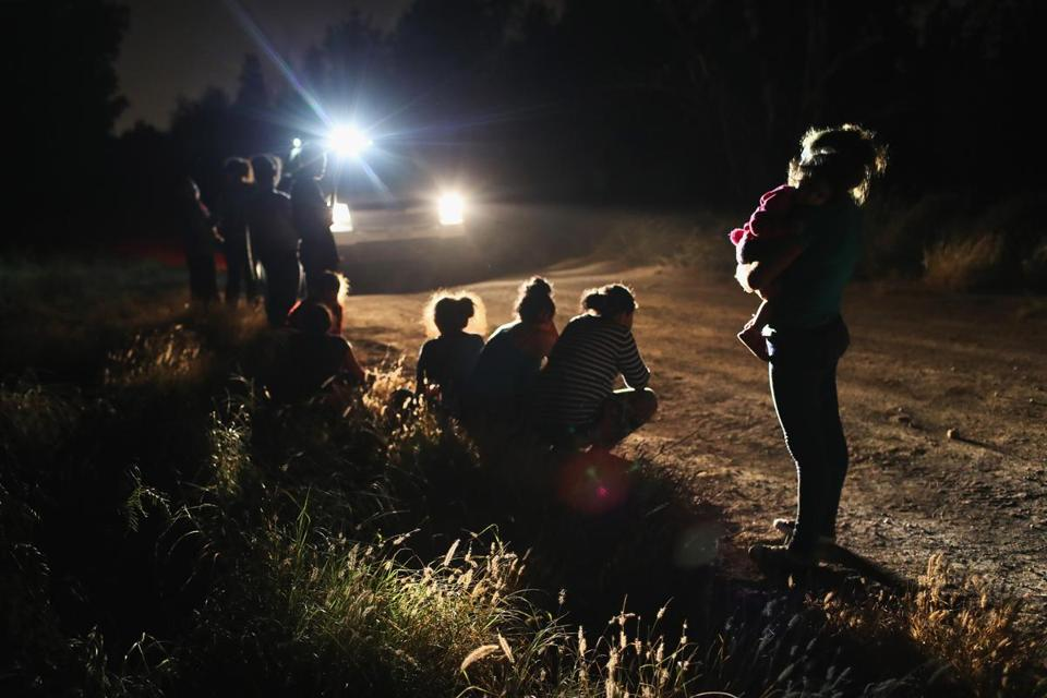 Border Patrol agents detained a group of Central American asylum seekers near the US-Mexico border last week.