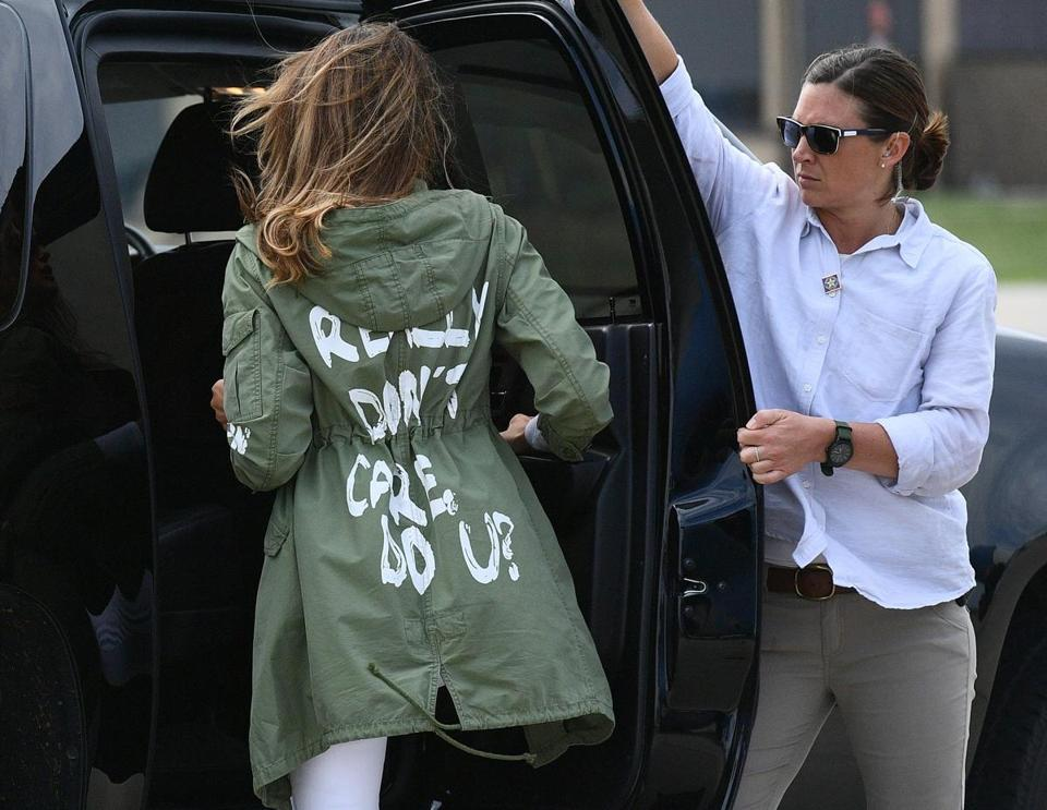 "US First Lady Melania Trump departs Andrews Air Rorce Base in Maryland June 21, 2018 wearing a jacket emblazoned with the words ""I really don't care, do you?"" following her surprise visit with child migrants on the US-Mexico border. / AFP PHOTO / MANDEL NGANMANDEL NGAN/AFP/Getty Images"