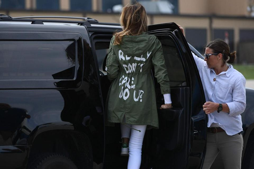 "TOPSHOT - US First Lady Melania Trump departs Andrews Air Rorce Base in Maryland June 21, 2018 wearing a jacket emblazoned with the words ""I really don't care, do you?"" following her surprise visit with child migrants on the US-Mexico border. / AFP PHOTO / MANDEL NGANMANDEL NGAN/AFP/Getty Images"