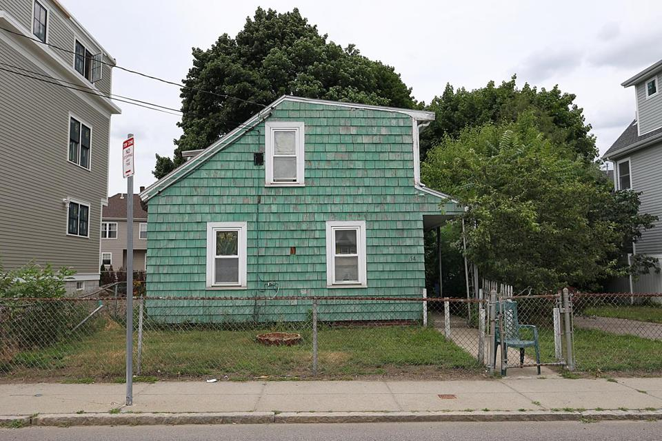 The Latest In This Crazy Real Estate Market A Dilapidated Brighton House For 800000