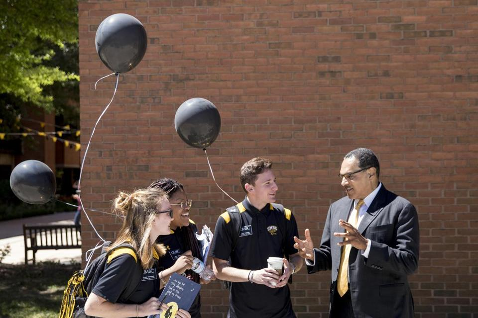 Freeman A. Hrabowski III, UMBC president, spoke with Orientation Peer Advisers on campus.