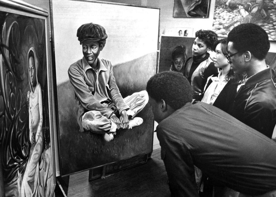Students visited Northeastern University's newly opened African-American Master Artists-in-Residency Program studio complex in 1978.