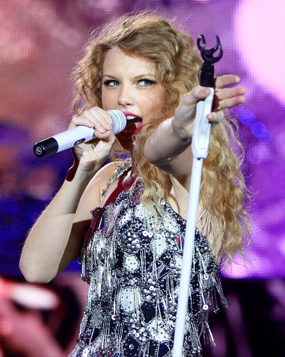 Swift at Gillette Stadium on June 6, 2010.