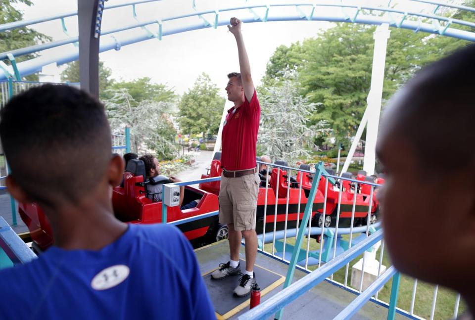 08/08/2018 Salem NH -Jack Larcome (cq) age 17 working to launch the Canobie Cork Screw ride at his Summer job at Canobie Lake Park. Jonathan Wiggs/Globe Staff Reporter:Topic: