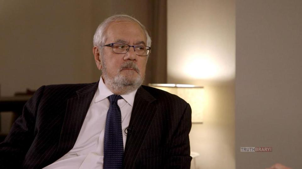 Barney Frank walked out of an interview with Sacha Baron Cohen on 'Who Is America?'