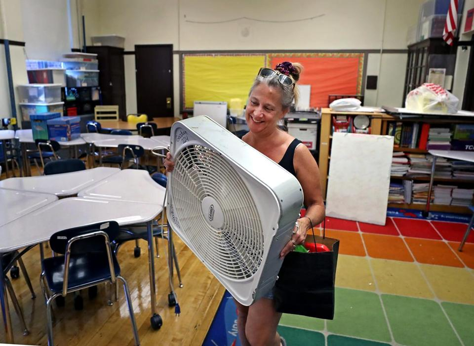 BOSTON, MA - 9/04/2018: HOT CLASSROOM....Getting ready for school opening on Thursday, Meg Goodwin, a fourth grade teacher brought her own fan to her classroom that is needed to help with Boston's humid temperatures at the Thomas Edison School in Allston. The school has no air conditioning. (David L Ryan/Globe Staff ) SECTION: METRO TOPIC stand alone photo