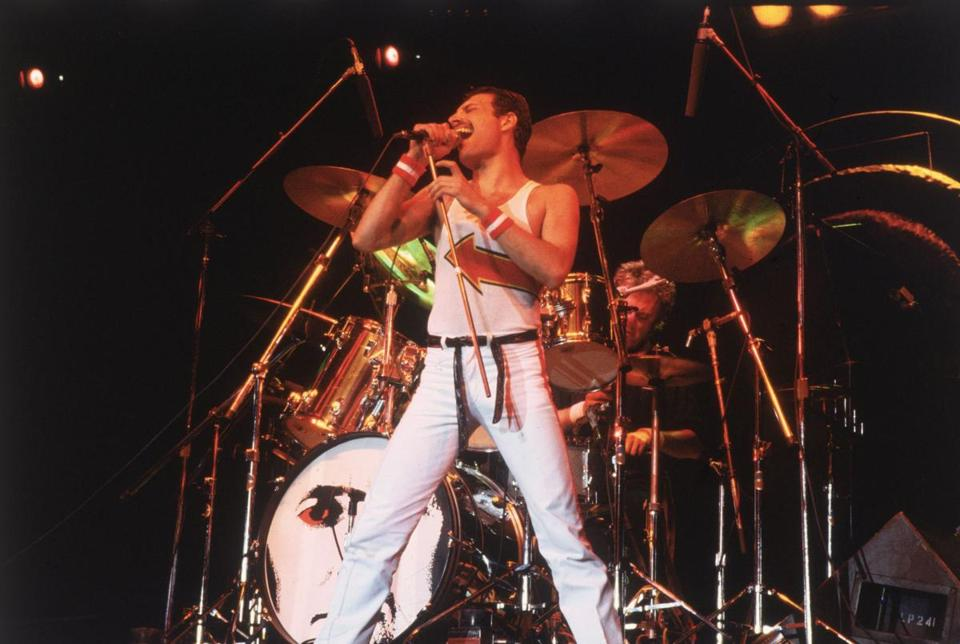 5th June 1982: Freddie Mercury (1946 - 1991), lead singer of 70s hard rock quartet Queen, in concert in Milton Keynes. (Photo by Hulton Archive/Getty Images)04newsinger Library Tag 06042006 Arts & Entertainment