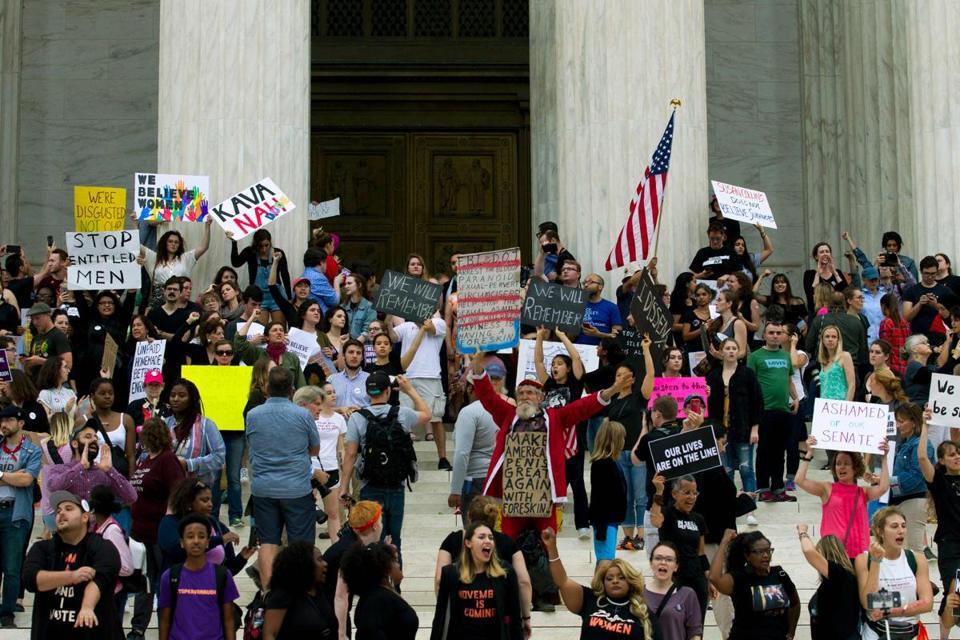 Anti-Kavanaugh protesters