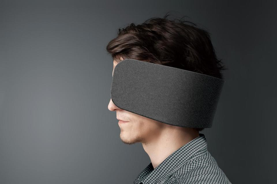 Innovation of the Week: Horse blinders (for humans) - The Boston Globe