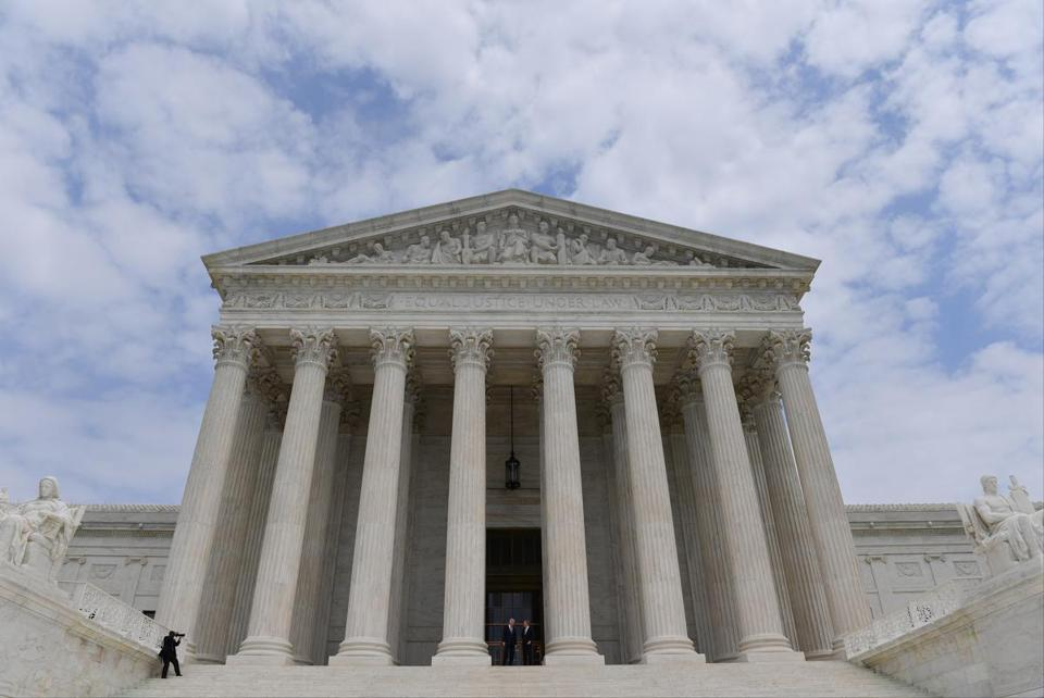 The U.S. Supreme Court in Washington. MUST CREDIT: Washington Post photo by Ricky Carioti