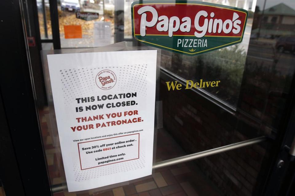 A Sign Posted Monday On The Door Of Papa Gino S Pizzeria Location In Marlborough States