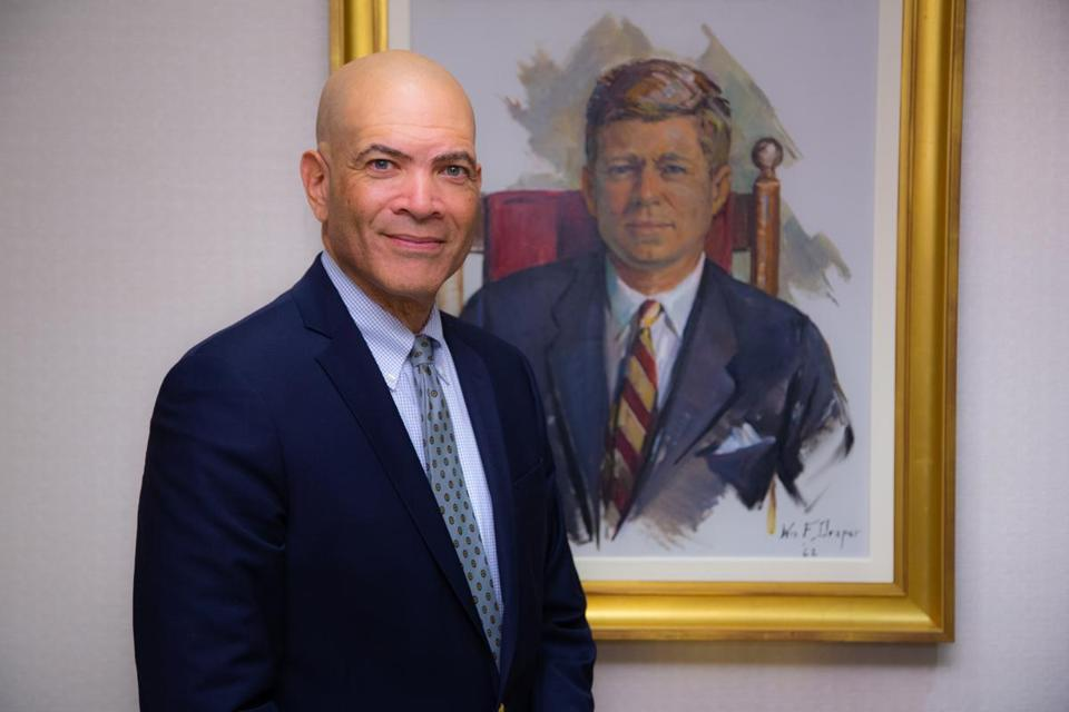 Alan Price will take over as director of the John F. Kennedy Presidential Library and Museum in Boston on Nov. 13.