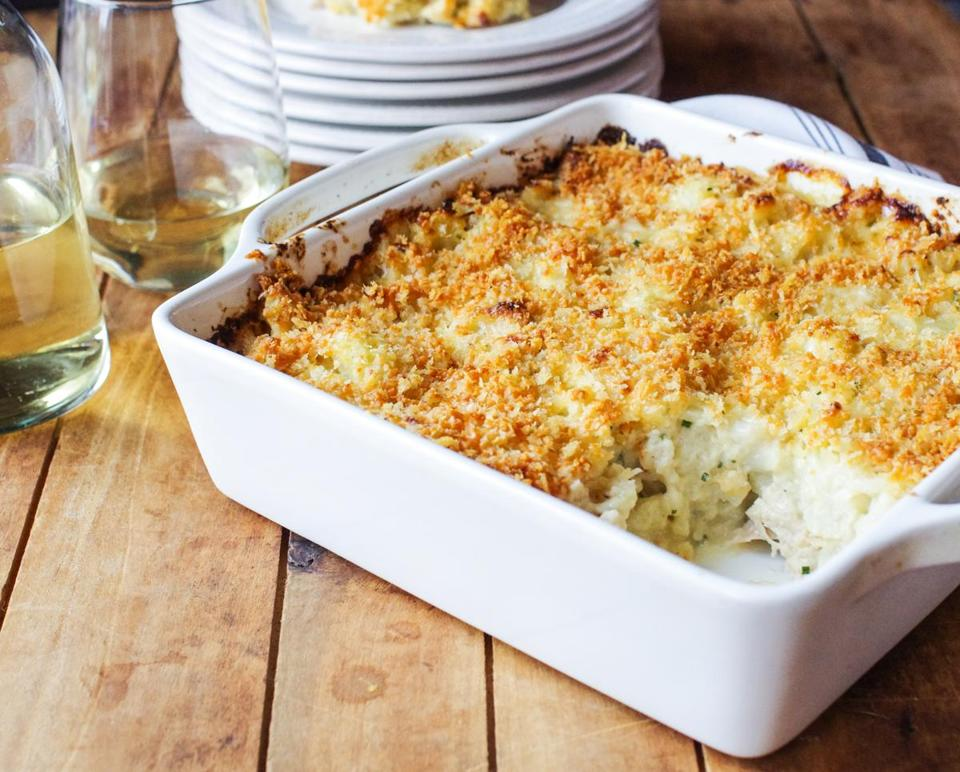 Cauliflower and turkey gratin with cheesy panko crumbs