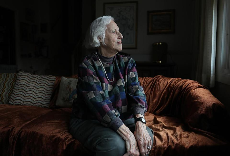Newton, Ma., 11/09.2018, Elyse Katz, 91, is one of the original founders of Temple Beth Elohim in Wellesley. For story on the elders of the temple in the wake of the shooting at the Tree of Live in Pittsburg. Suzanne Kreiter/Globe staff