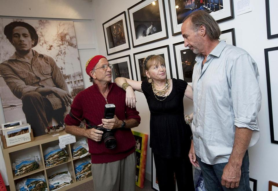FOR G. Vineyard Haven, MA 8/22/2010 From left, Peter Simon (cq), his wife, Ronni (cq), and Jay Gould (cq) of Flatbread Company. The Simon Gallery holds an opening for Callie Shell, with her award-winning collection of pictures she took during President Obama's campaign for president, in Vineyard Haven, MA on Sunday, August 22, 2010. (Yoon S. Byun/Globe Staff) Section: G Slug: names Reporter: Mark Shanahan Library Tag 08242010 Names