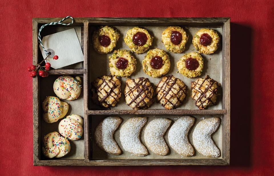 Macaroons, Christmas wreaths, almond crescents, and Italian natale cookies bring on the warm memories.