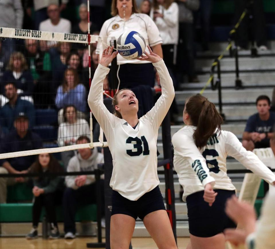 02zocampus - Junior Setter Zoey Gifford (31). (David Le/ DLE Photography)