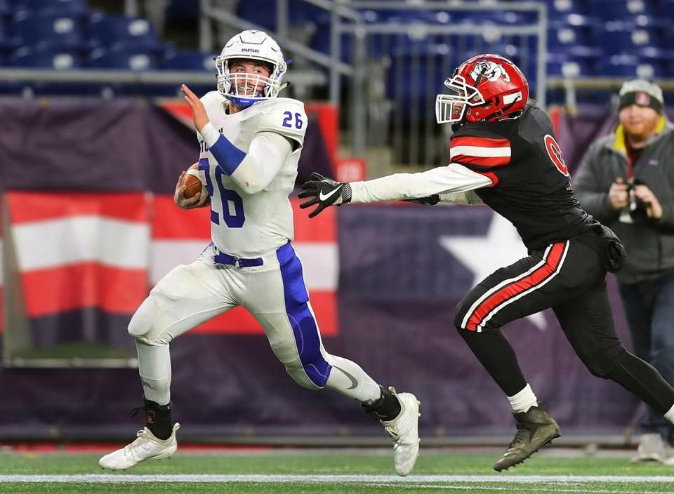Gillette-12/1/18 High School superbowls at Gillette Stadium- Stoneham vs Old Rochester. Stoneham's Christos Argyropoulos runs for a 4th qtr touchdown, putting Stoneham ahead 24-20. Photo by John Tlumacki/Globe Staff(sports)