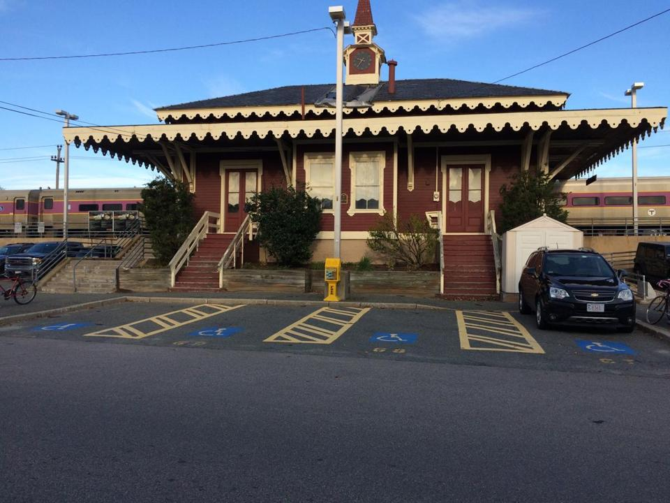 The MBTA is seeking bids to lease the historic Swampscott train depot, which dates to 1868.