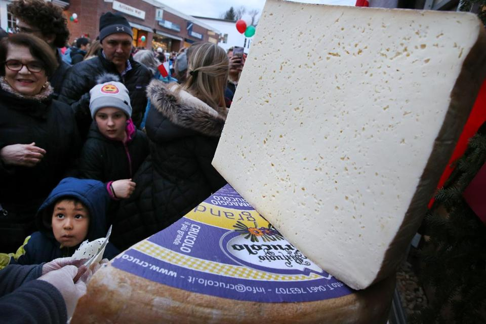 Spectators were offered samples of the crucolo cheese.