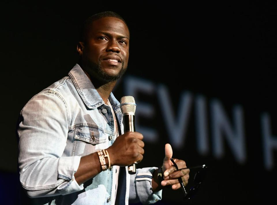 Old, homophobic tweets by Kevin Hart (above) have drawn scrutiny.