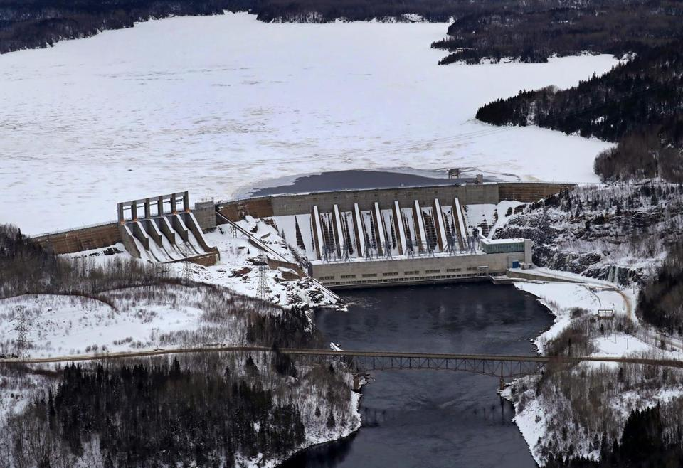 BAIE COMEAU, QUEBEC, CANADA - 1/20/2018: Hydro-Quebec... One of the larger dams, the Manicouagan -2 dam with the Manicouagan Reservoir. (David L Ryan/Globe Staff ) SECTION: METRO TOPIC 28quebecpic
