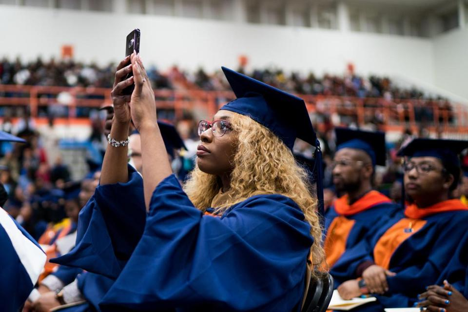 A Morgan State student filmed Warren's speech at Friday's commencement.