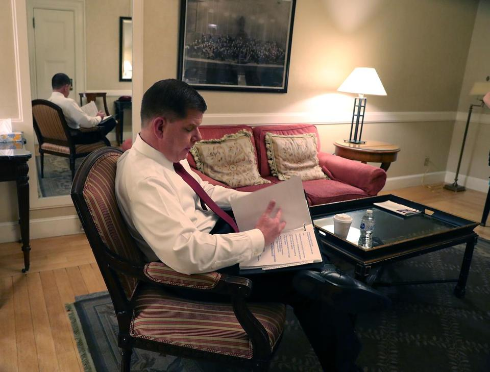 Boston MA 1/15/19 Boston Mayor Martin J. Walsh backstage going over his speech before giving his State of the City address at Symphony Hall. (photo by Matthew J. Lee/Globe staff) topic: reporter: