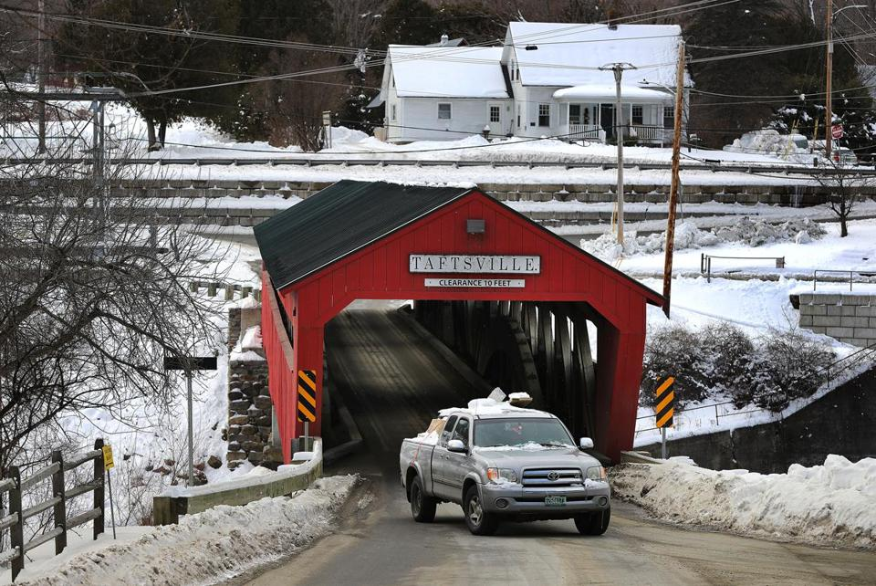 Woodstock, VT. 01/16/19- A large pickup truck exits the Taftsville Covered Bridge in Woodstock. Carbon emissions have risen 16 percent above the 1990 levels in Vermont, some of the reasons are aging gas-guzzling pickups, wood-buriing stoves and drafty old homes. Photo by John Tlumacki/Globe Staff(metro)
