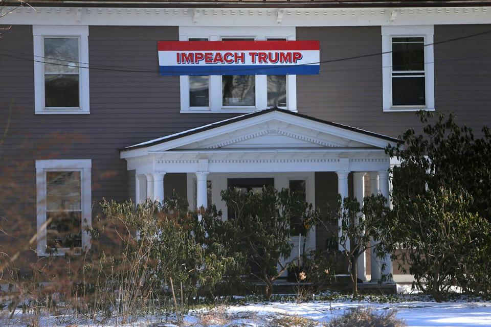 Wellesley Resident S Disputed Impeach Trump Sign Gets Ok To Stay