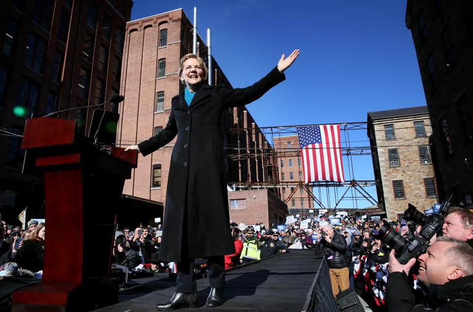 Elizabeth Warren spoke in Lawrence Saturday.